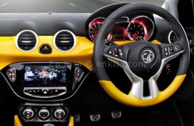 2013-Opel-Vauxhall-Adam-Interior-7